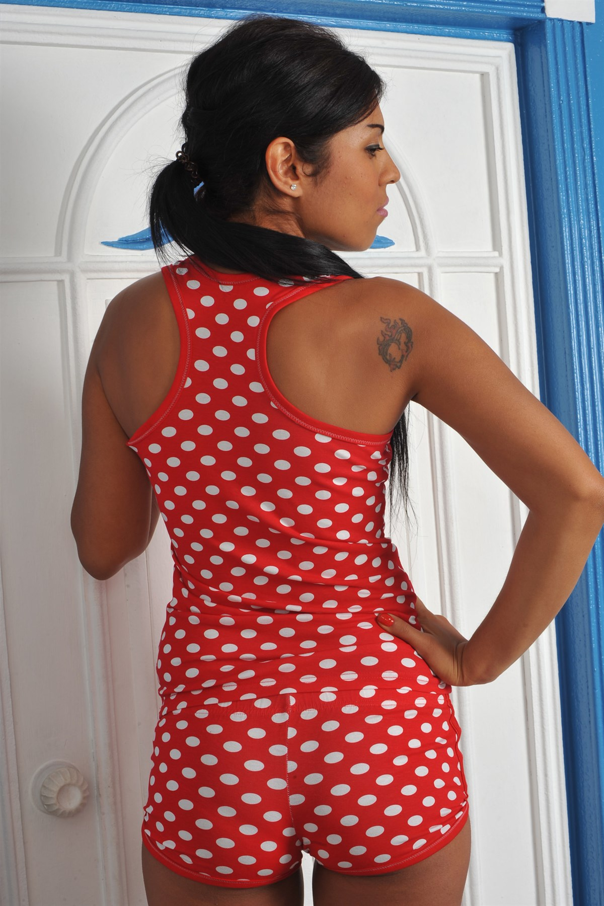 Moda Çizgi Kadın Kalın Askılı Kırmızı Beyaz Puantiyeli Şortlu Pijama Takımı 511K